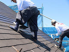 屋根塗装を実施する目的とは?