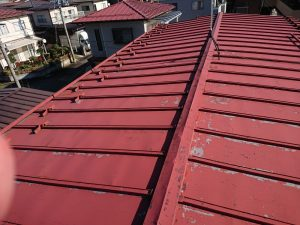 傷んだ屋根